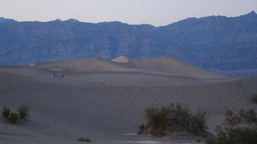 Death-Valley-Badlands-08-Stovepipe-Wells
