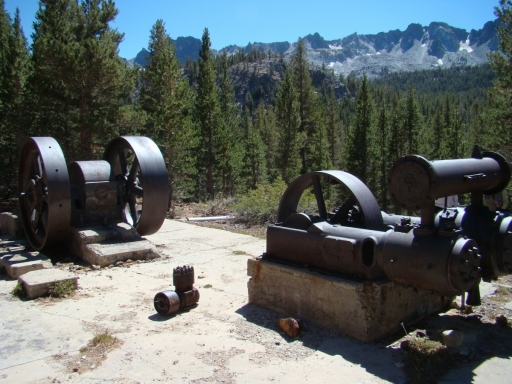 Mammoth-Gold-Mines-03-mining-machinery