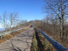 One Lane Road on top of the peak - IMG_2065