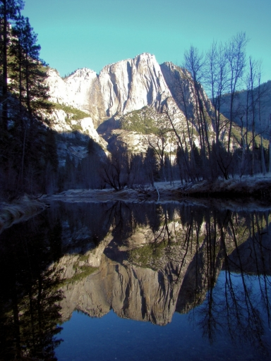 Yosemite-Valley-03-reflection-Yosemite-Point